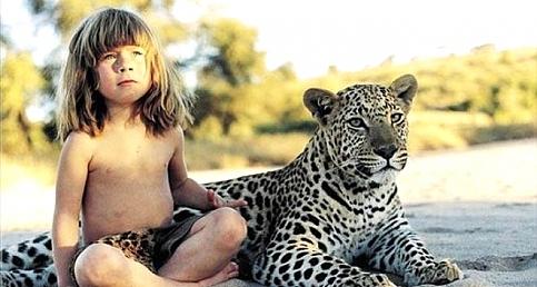 Leopar ve Fillerle büyüyen kz çocuğuna şimdi bakın