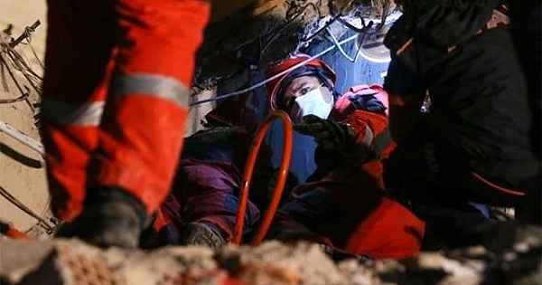 İzmir depreminde mucize kurtuluşlar