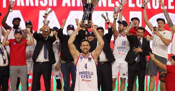 Basketbolda Avrupa'nın en büyüğü Anadolu Efes