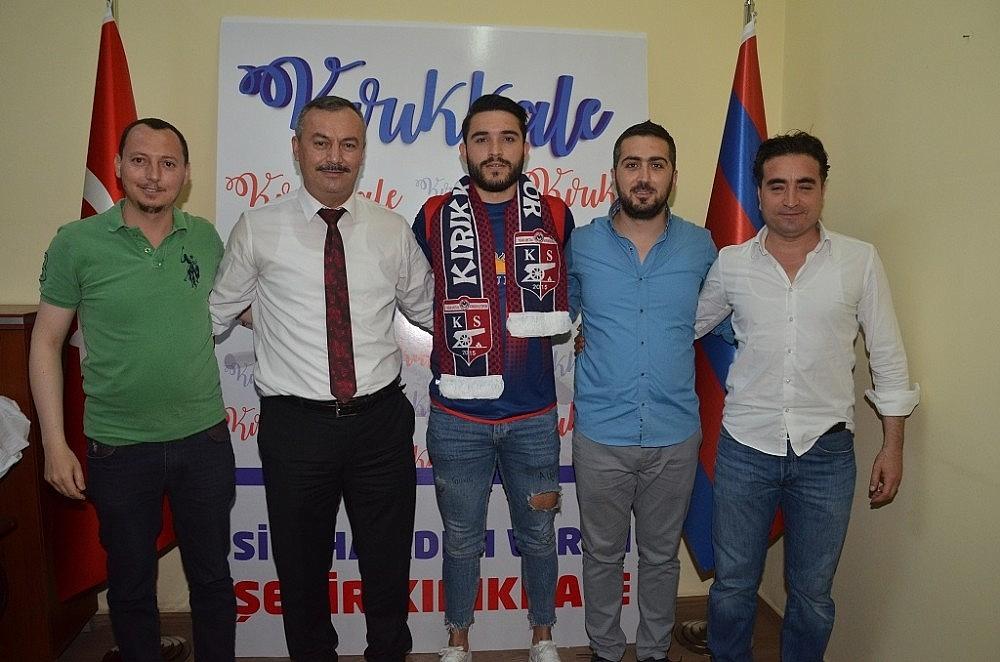2018/06/buyuk-anadolu-kirikkalespor-3-3-gun-art-arda-gerceklestirdigi-imza-toreninde-7-futbolcu-transfer-etti-20180613AW41-1.jpg