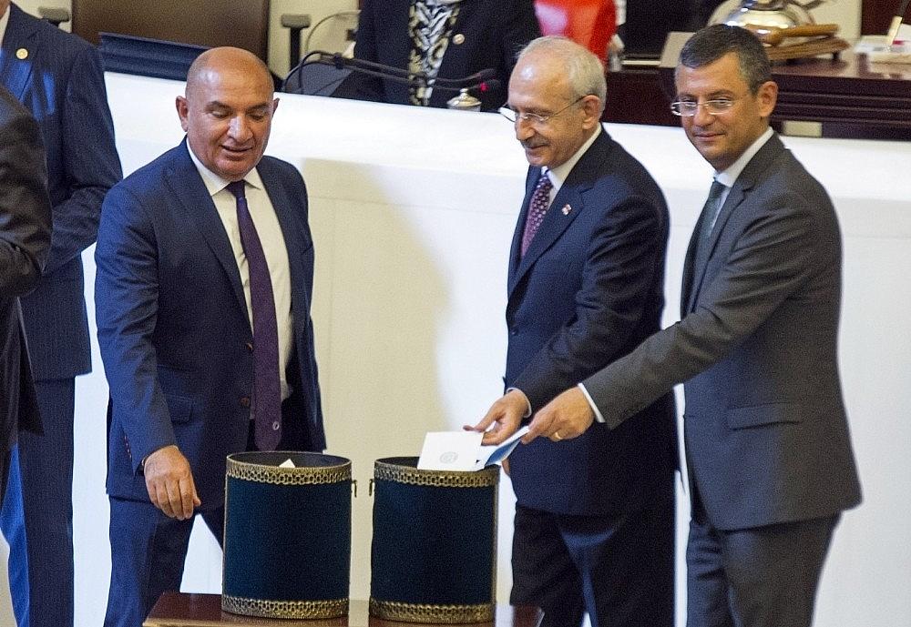 2018/07/turkiye-buyuk-millet-meclisi-tbmm-28-baskani-binali-yildirim--20180712AW44-9.jpg