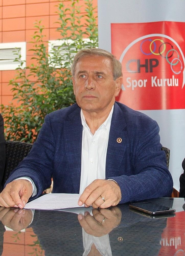 2018/09/chp-turkiyenin-spor-sorunlarini-giresunda-ele-aldi-20180914AW49-1.jpg