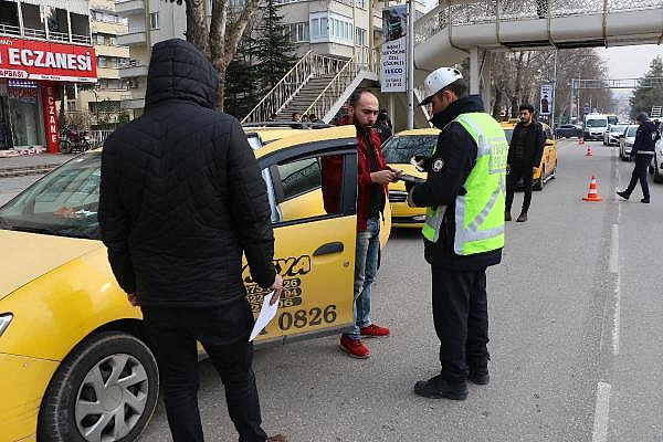 2019/01/15-ildeki-denetimde-933-taksi-surucusune-237-bin-lira-ceza-8d169e1d860a-4.jpg