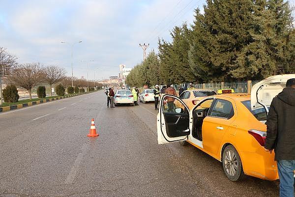 2019/01/15-ildeki-denetimde-933-taksi-surucusune-237-bin-lira-ceza-8d169e1d860a-6.jpg