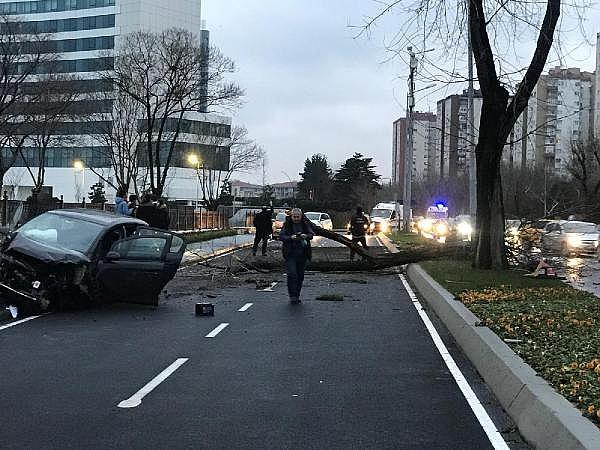 2019/01/feci-kaza-cadde-savas-alanina-dondu-c88003772c69-3.jpg