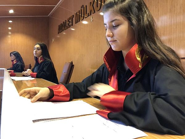 2019/01/lisede-mahkeme-kuruldu-suclular-cezaevine-konuldu---bursa-haber-953e4f0ab165-12.jpg