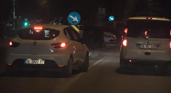 2019/01/magandalarin-trafigi-birbirine-katti---bursa-haber-dc46ffcb7ad0-4.jpg