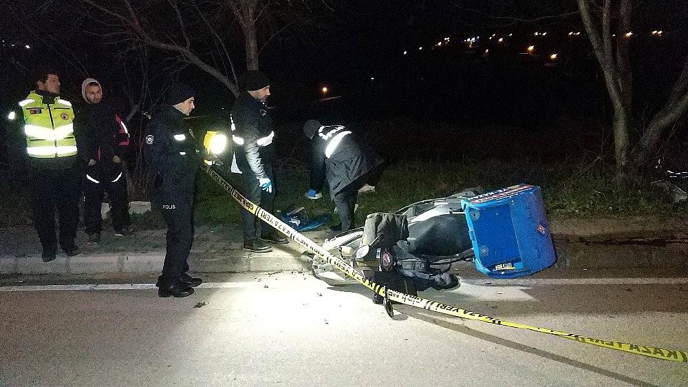 2019/01/samsunda-aci-olay-motosikletli-kurye-son-siparisinden-donerken-kazada-oldu-20190113AW59-2.jpg