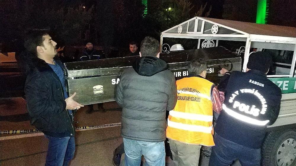 2019/01/samsunda-aci-olay-motosikletli-kurye-son-siparisinden-donerken-kazada-oldu-20190113AW59-3.jpg