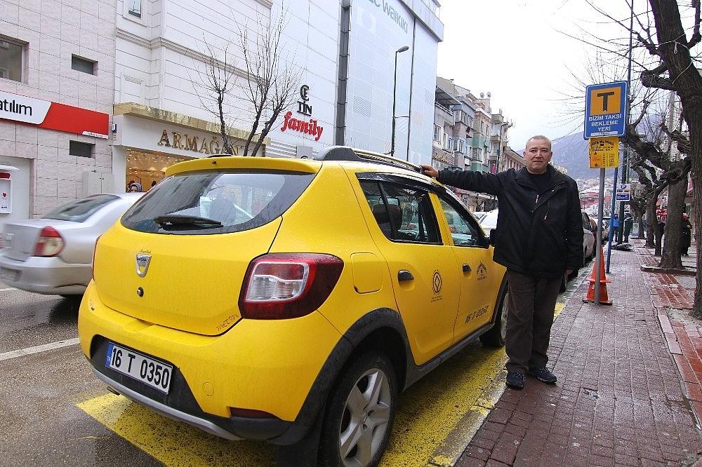 2019/01/takside-unutulan-46-bin-tlyi-sahibine-teslim-etti---bursa-haber-20190112AW59-1.jpg