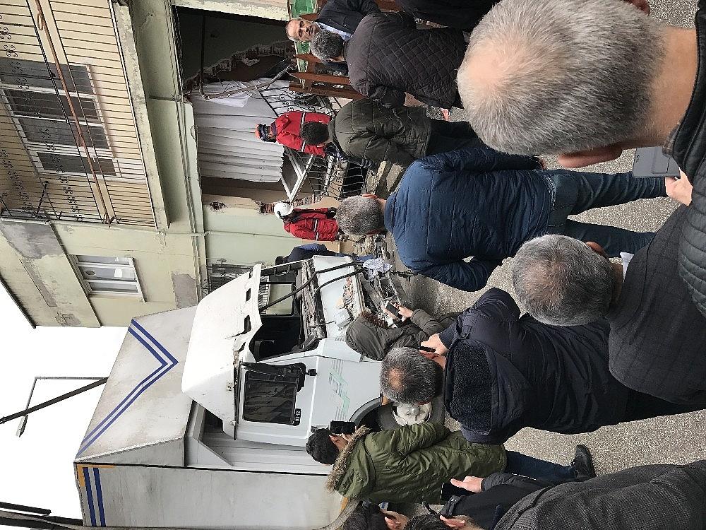 2019/02/freni-patlayan-kamyon-yatak-odasina-daldi---bursa-haberleri-20190211AW61-3.jpg