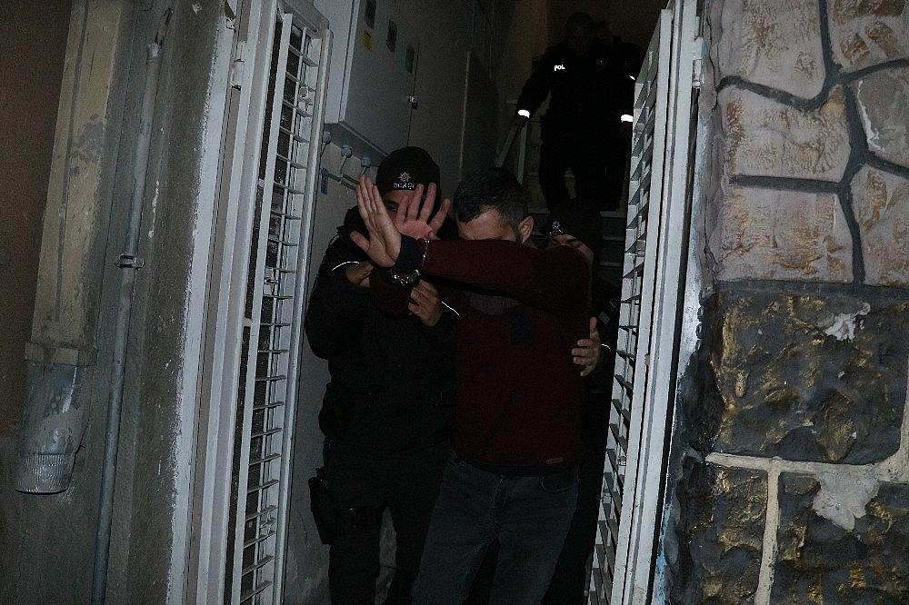 2019/02/tartisigi-sevgilisini-silahla-vurdu-20190212AW62-1.jpg