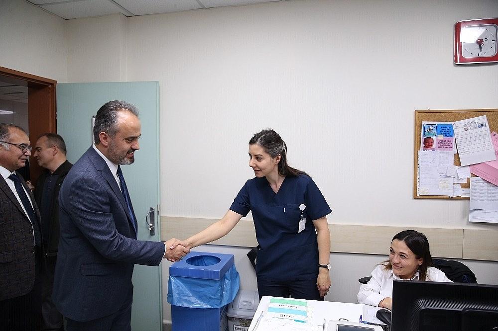 2019/03/doktorlara-bayram-ziyareti---bursa-haberleri-20190314AW64-1.jpg