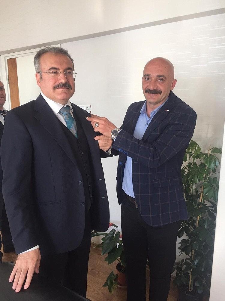 2019/03/gemlik-kizilaydan-kaymakam-inana-fahri-baskanlik---bursa-haberleri-20190314AW64-2.jpg