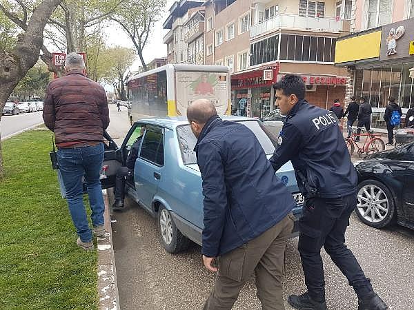 2019/04/bursada-otomobil-hirsizligi-suphelisi-yakalandi---bursa-haberleri-1b7c3dd1064d-3.jpg