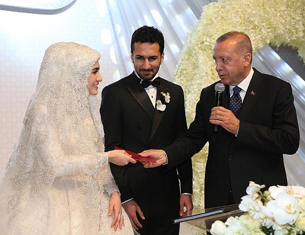2019/04/cumhurbaskani-erdogan-nikah-sahitligi-yapti-dc6739aedc41-1.jpg