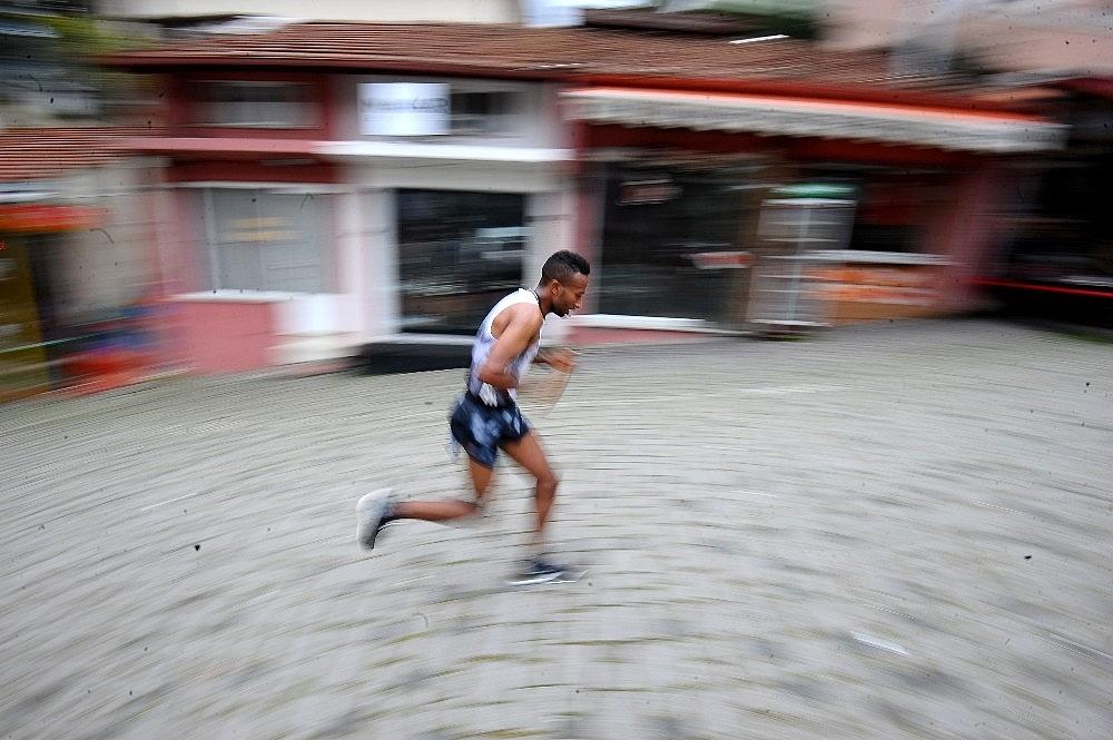 2019/04/tarihi-maratona-kenyali-damgasi---bursa-haberleri-20190414AW67-18.jpg
