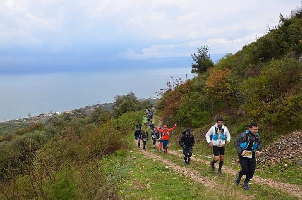 2019/04/turkiyenin-en-buyuk-maraton-yarisi-iznik-ultra-sona-erdi---bursa-haberleri-968d17cb3c49-5.jpg