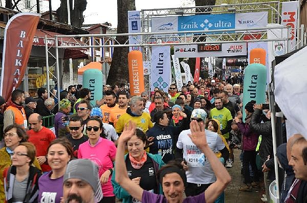 2019/04/turkiyenin-en-buyuk-maraton-yarisi-iznik-ultra-sona-erdi---bursa-haberleri-968d17cb3c49-8.jpg