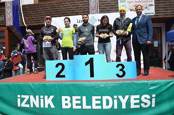 2019/04/turkiyenin-en-buyuk-maraton-yarisi-iznik-ultra-sona-erdi---bursa-haberleri-968d17cb3c49-9.jpg
