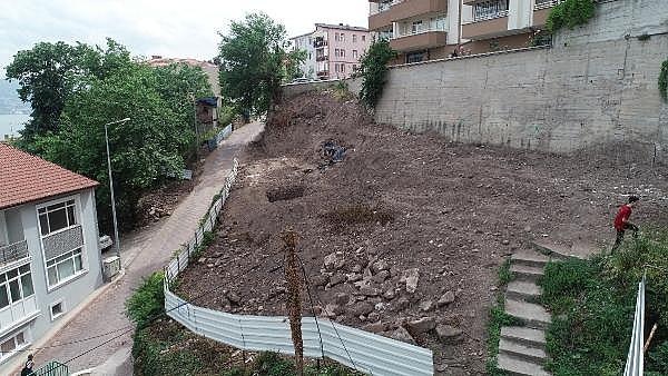 2019/05/apartman-temeli-icin-kazildi-roma-donemine-ait-yapi-cikti-08ed1ca31a33-6.jpg