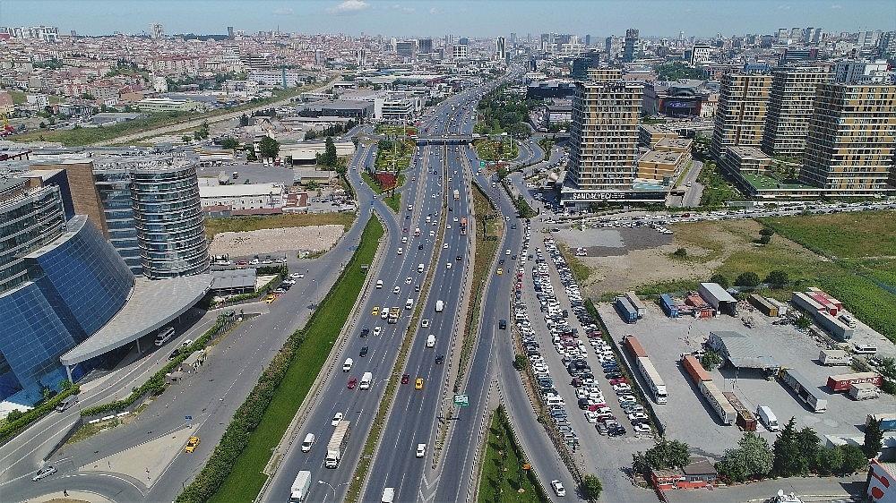 2019/05/ataturk-havalimani-tasindi-bolgede-trafik-azaldi-20190527AW71-11.jpg