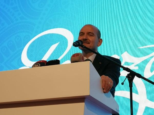 2019/05/bakan-soylu-bizim-yerimiz-cumhuriyet-halk-partisinin-tam-karsisidir-9e75d8414ec5-2.jpg