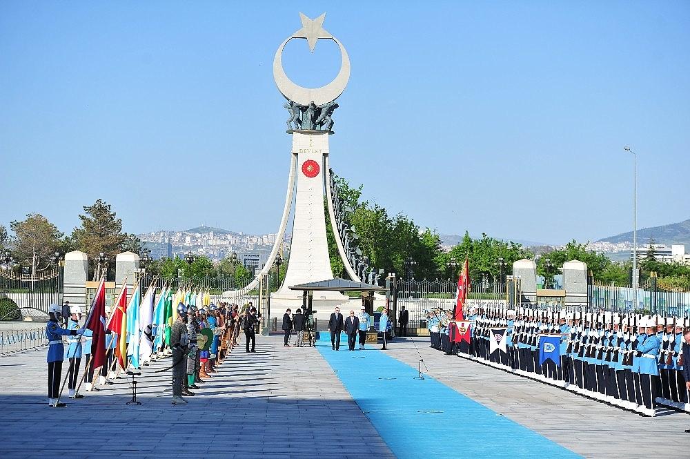 2019/05/cumhurbaskani-erdogan-abdulmehdiyi-resmi-toren-ile-karsiladi-20190515AW70-1.jpg