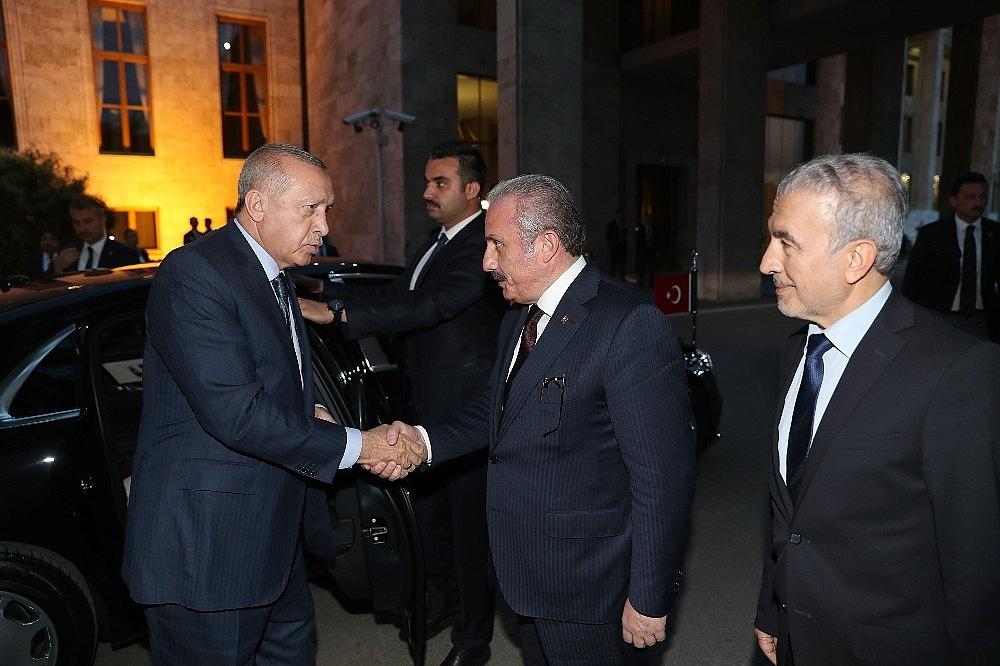 2019/05/cumhurbaskani-erdogan-gelin-buyuk-ve-guclu-turkiyeyi-birlikte-insa-edelim-20190521AW70-4.jpg