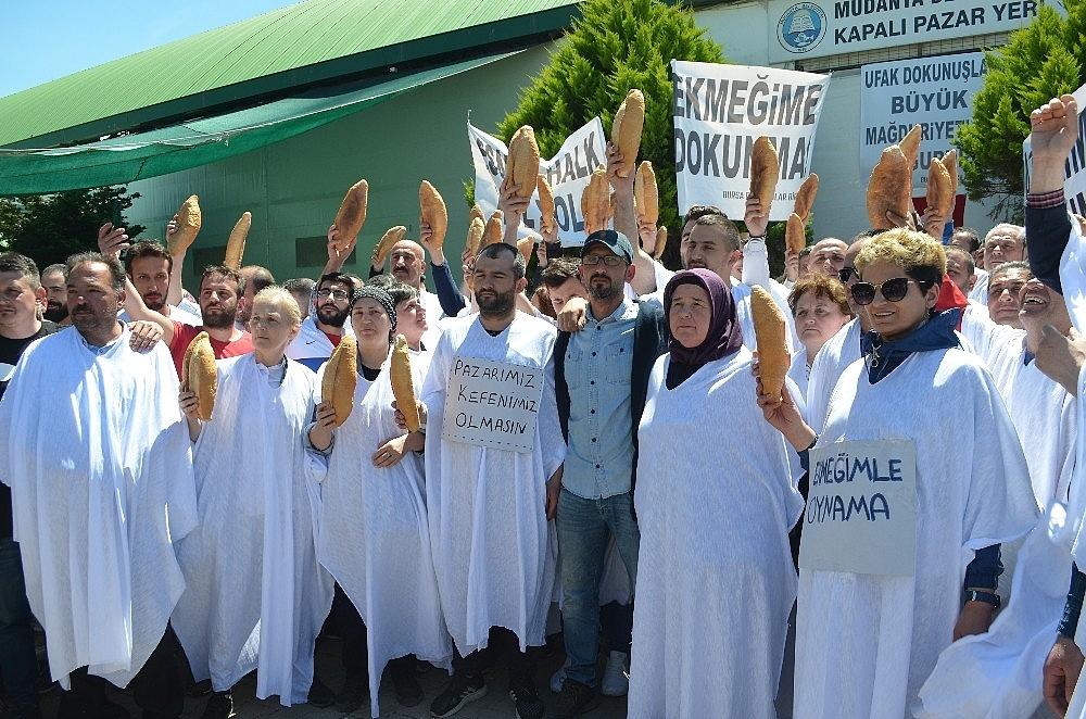 2019/05/esnaftan-kefenli-protesto---bursa-haberleri-20190512AW70-1.jpg