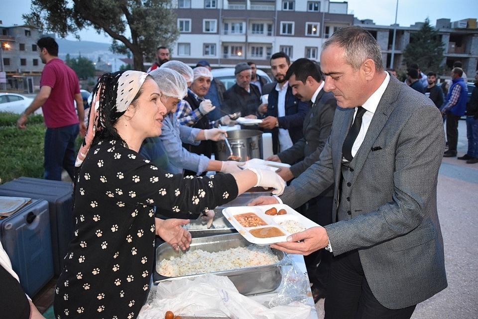 2019/05/esref-dincer-mahallesinde-iftar-bulusmasi---bursa-haberleri-20190515AW70-4.jpg