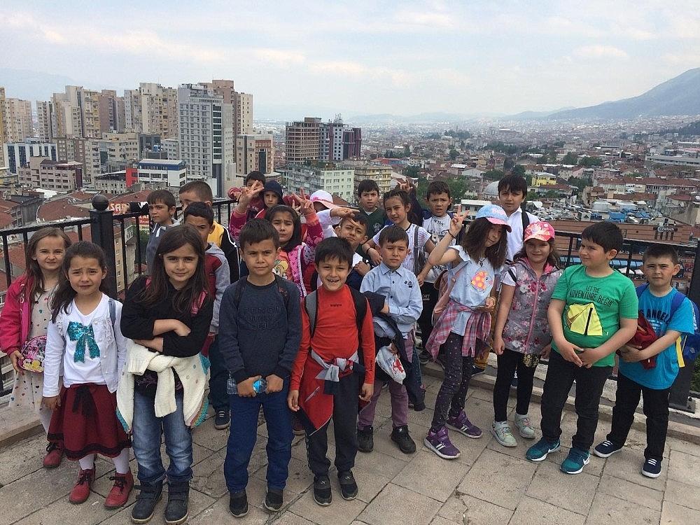 2019/05/okul-aile-birliginden-tum-ogrencilere-karne-hediyesi---bursa-haberleri-20190515AW70-2.jpg