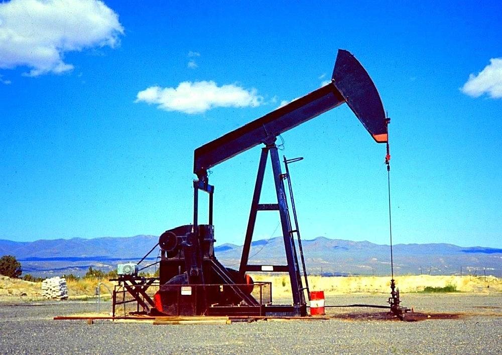 2019/05/petrol-rezervleri-zengin-kendileri-fakir-3-ulke-20190510AW69-3_1.jpg