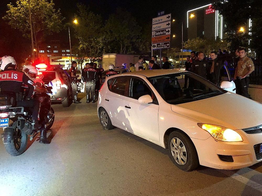 2019/05/polisin-dur-ihtarina-uymadilar-kacarken-kaza-yaptilar---bursa-haberleri-20190519AW70-4.jpg