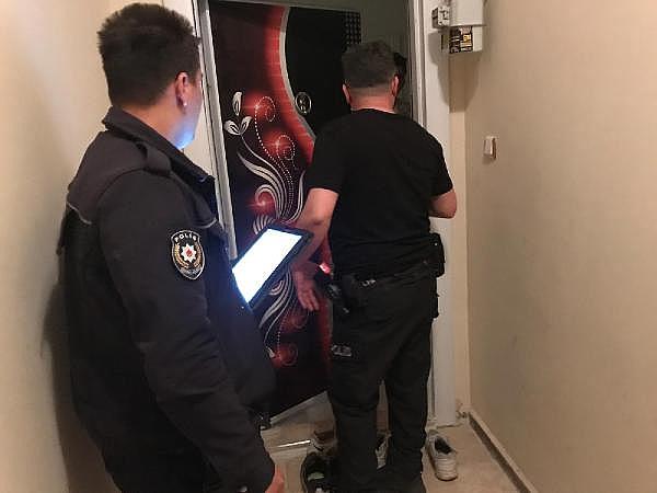 2019/05/polisten-gunluk-kiralanan-evlere-kontrol-b1558e4b21bd-4.jpg
