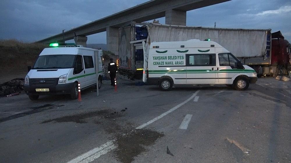 2019/06/feci-kazada-yaralanan-sahislarin-kimlikleri-belli-oldu-20190612AW72-2.jpg