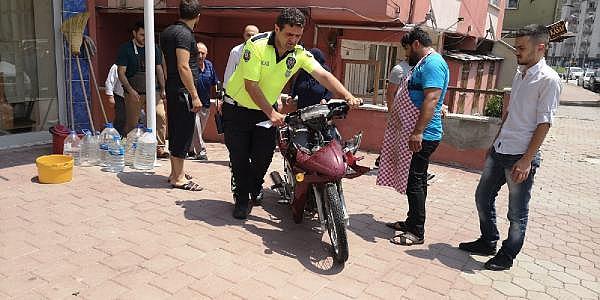 2019/06/yarali-motosiklet-surucusunun-basinin-altina-yastik-koydular---bursa-haberleri-49db7cf49246-4.jpg