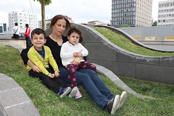 2019/06/yumurtalik-kanserini-yendi-anne-oldu-402749e7e958-2.jpg