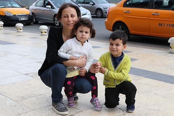 2019/06/yumurtalik-kanserini-yendi-anne-oldu-402749e7e958-3.jpg