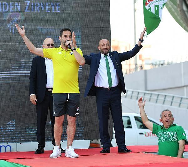 2019/07/bursaspor-yeni-sezon-formalarini-tanitti---bursa-haberleri-a82bd9d13f43-11.jpg