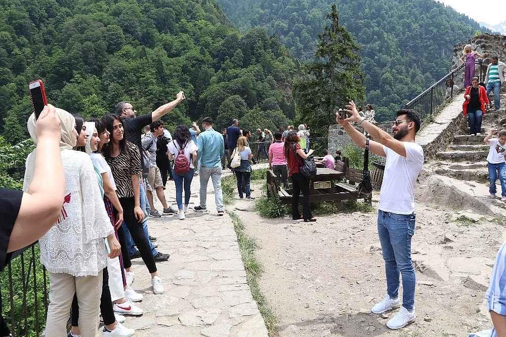 2019/10/ayder-yaylasini-8-ayda-yarim-milyon-turist-ziyaret-etti-20191003AW81-3.jpg