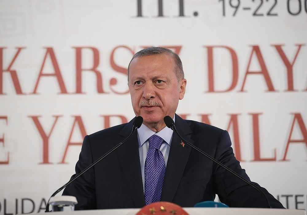 2019/10/cumhurbaskani-erdogan-bize-silah-ambargosu-uygulayanlar-ruandada-eli-kanli-katillere-silah-yardimi-yapti-20191019AW83-12.jpg