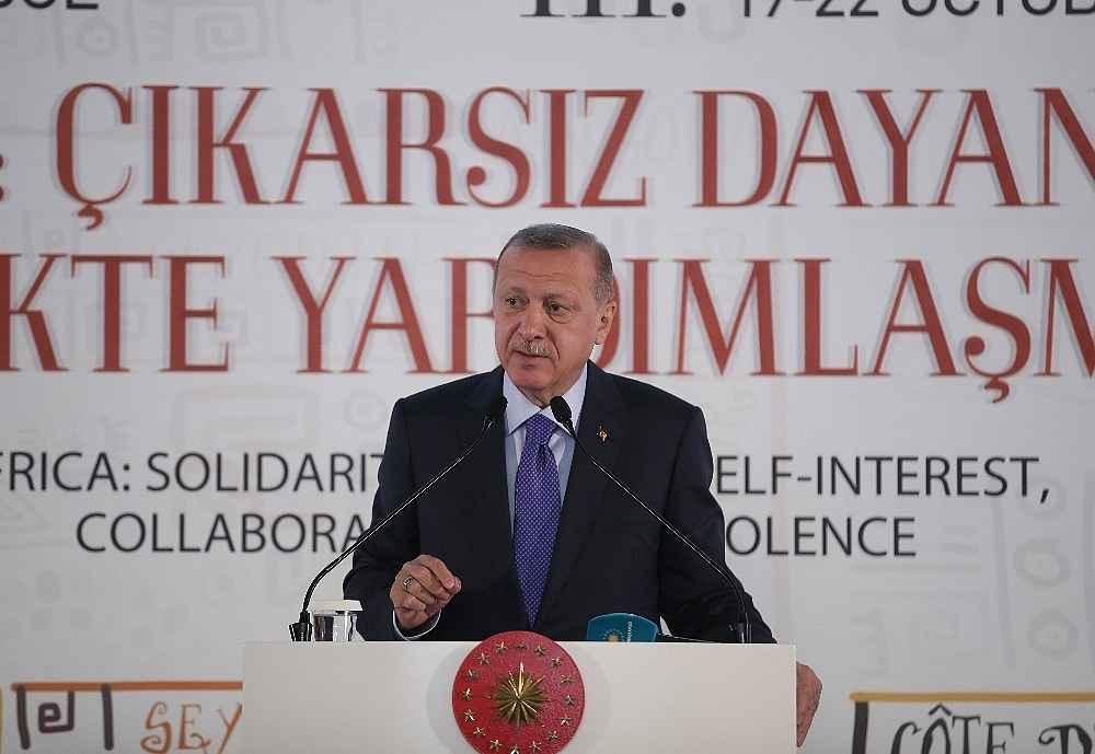 2019/10/cumhurbaskani-erdogan-bize-silah-ambargosu-uygulayanlar-ruandada-eli-kanli-katillere-silah-yardimi-yapti-20191019AW83-13.jpg
