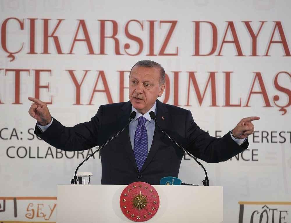 2019/10/cumhurbaskani-erdogan-bize-silah-ambargosu-uygulayanlar-ruandada-eli-kanli-katillere-silah-yardimi-yapti-20191019AW83-14.jpg