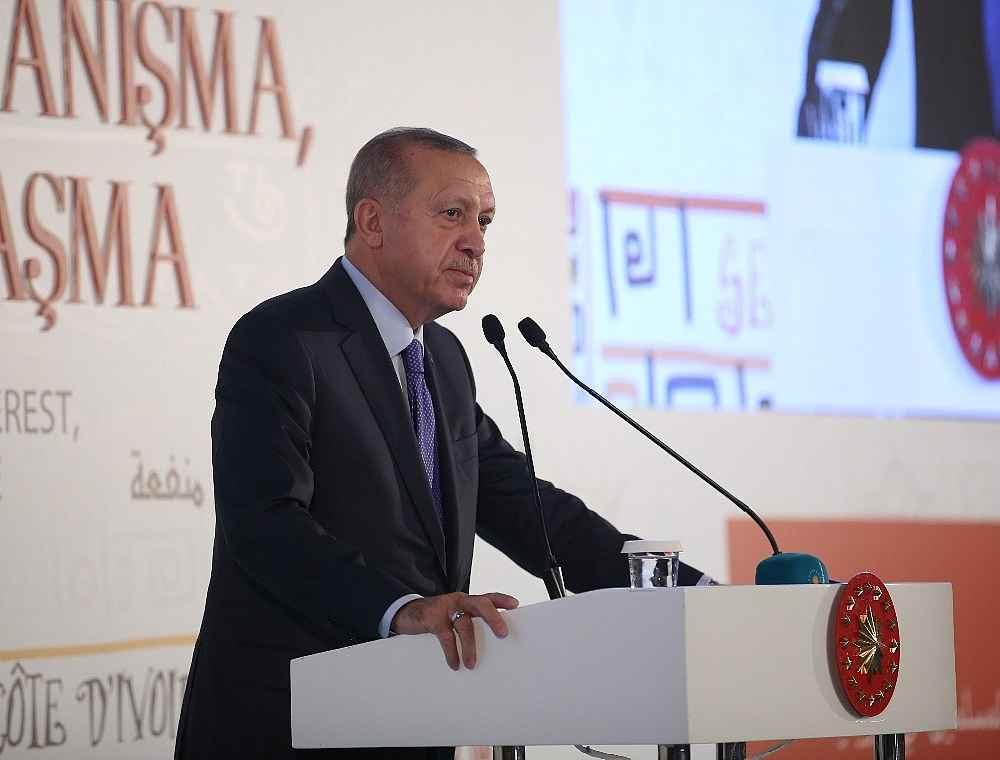 2019/10/cumhurbaskani-erdogan-bize-silah-ambargosu-uygulayanlar-ruandada-eli-kanli-katillere-silah-yardimi-yapti-20191019AW83-8.jpg