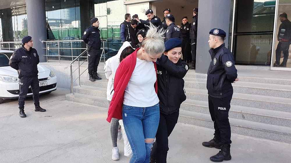 2019/11/bursada-uyusturucu-operasyonunda-21-tutuklama---bursa-haberleri-20191114AW85-1.jpg
