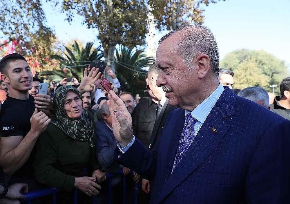 2019/11/cumhurbaskani-erdogan-cuma-namazini-eyupsultan-camiinde-kildi-20191108AW85-7.jpg