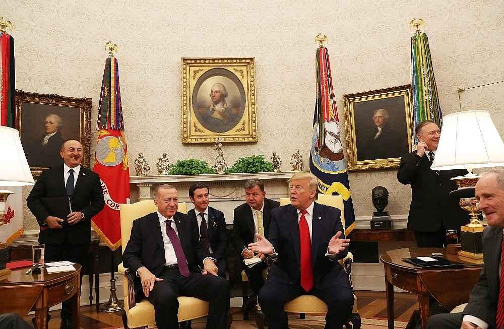 2019/11/cumhurbaskani-erdogandan-abdli-senatorlere-ayar-sizin-kurt-diye-zikrettiginiz-ypgpyd-bunlar-teror-orgutu-20191113AW85-2.jpg