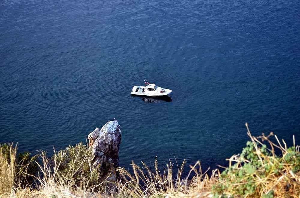 2019/11/genc-kiz-denize-atlayip-intihara-kalkisti---bursa-haberleri-20191121AW86-1.jpg