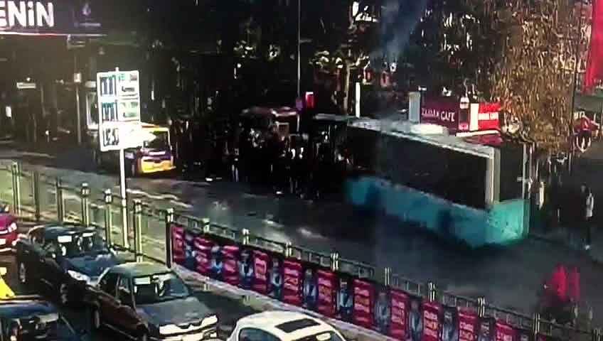 2019/11/otobusun-duraga-daldigi-dehset-anlarinin-goruntusu-ortaya-cikti-20191108AW85-1.jpg